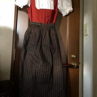 衣装にいかが?オーストリアのドレス