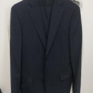 ビジネススーツ(ネイビー、ストライプ)