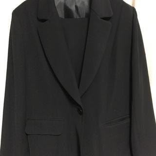 《使用品》ブラックフォーマル(ジャケット・パンツスーツ) LL