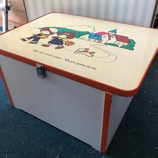 子ども用テーブル兼 おもちゃ収納