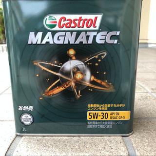 CASTROL(カストロール) エンジンオイルMagnatec ...