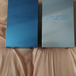 PS2本体2台、PS2ソフト13本、PSソフト5本、コントローラ...