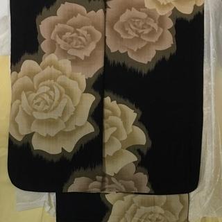 夢工房・大輪バラ柄の浴衣
