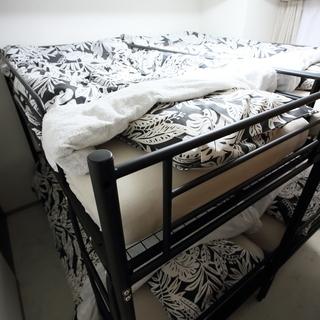 スチール製二段ベッド黒(専用ベッドマットレス付)