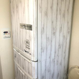 冷蔵庫(引き取り決定してます)