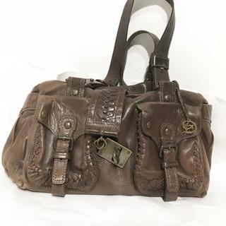 【美品】アンティーク調の金具が素敵な本革ショルダーバッグ