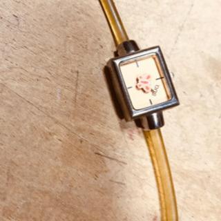 SUO.  婦人用腕時計   可愛い  ジャンク