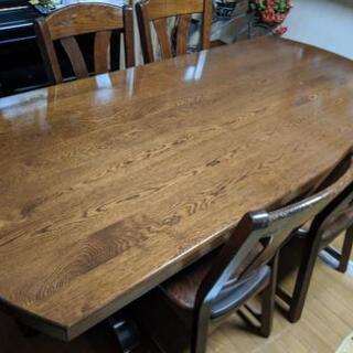 一枚板のダイニングテーブル定価30万