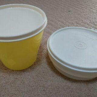 タッパーウェアの容器2