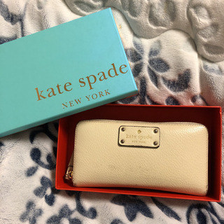 Kate spadeの財布