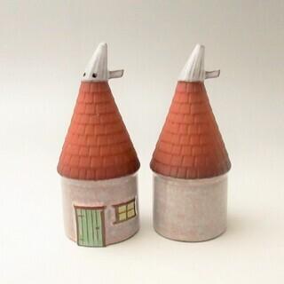 世界の雑貨 陶器 建物形のソルト&ペッパー 置物 ヴィンテージ雑...