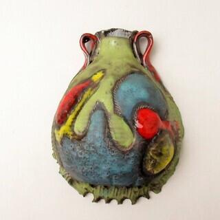 カナダ Studio art pottery 壁掛け花瓶 197...