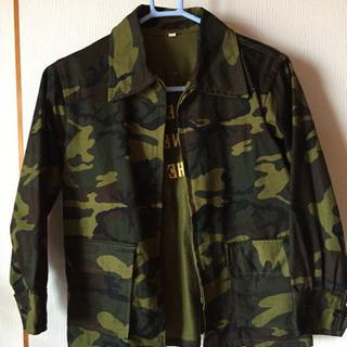 迷彩ジャケット 140 美品