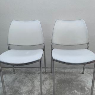 Gas Stua white chair  (スペイン製)