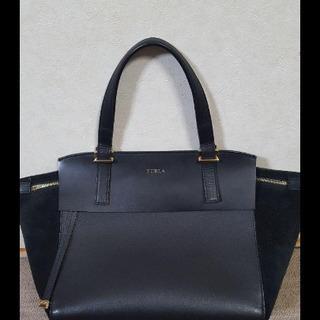 FURLA フルラ 黒 革×スエードコンビハンドバッグ 美品