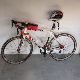 ロードバイク TREKマドン4.7 カーボンフレーム