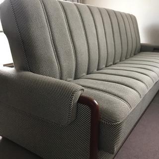大型のソファベッド