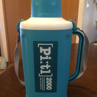 2Lペットボトル用 保冷容器の画像