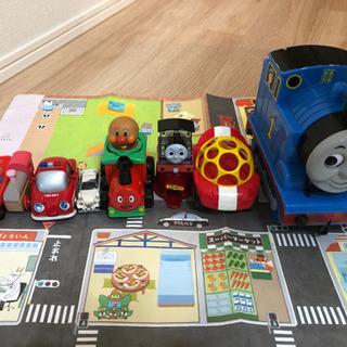 電車のおもちゃ 車のおもちゃ 道路マップなどまとめて