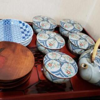 有田焼、美濃焼の茶器などさしあげます