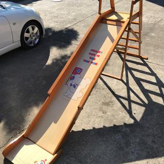 滑り台の画像