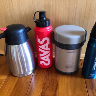 水筒、弁当箱各種
