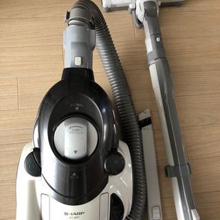 SHARPのサイクロン掃除機