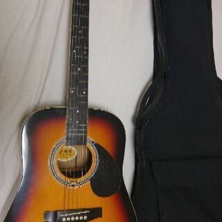 アコギ、ミニギターです。