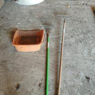 草刈りの後の処理用道具セット
