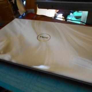 Dell Studio 1558 Core i7 ホワイト