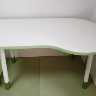 可愛い テーブル
