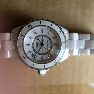 カッコいい。腕時計ほぼ未使用、mauro jerardi 白