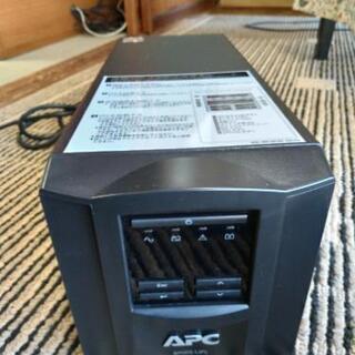 無停電電源装置 APC Smart-UPS 750
