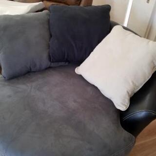 回転円型ソファー
