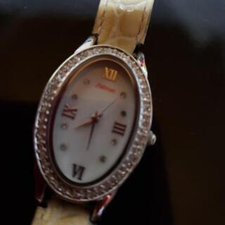 豪華なAmbroseの腕時計の出展になります。