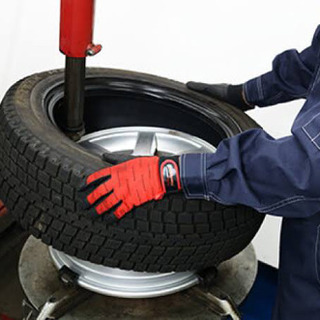 年末年始対応可能【1台分3000円】タイヤ交換お安く承りま…