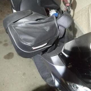 バイクも冬支度⛄❗ハンドルカバー