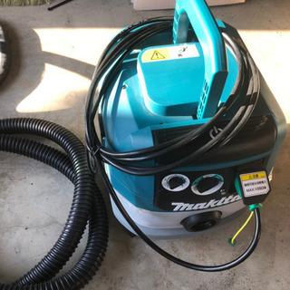 マキタ  VC0820 乾湿両用集塵機 水フィルタ標準装備 集じ...