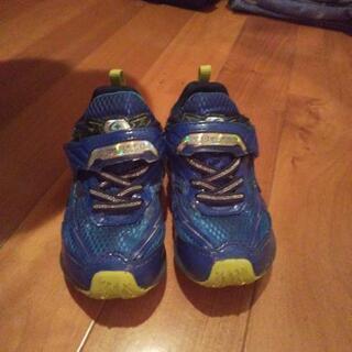 男の子の靴 15センチEE 中古