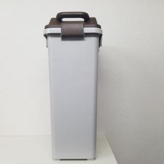 ☆激安 ゴミ箱 プラスチック 35L コロ付き