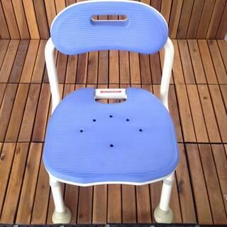 【折りたたみ入浴介助椅子】 アロン化成 安寿 折りたたみシャワー...