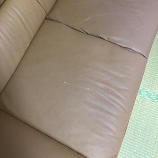 合成皮革?のソファーです。 - 家具