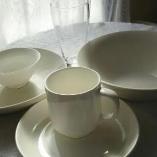 中古 白い食器セット 茶碗 ラーメン 中皿 マグカップ等