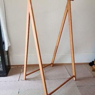 木製ハンガーラック (折り畳み式)