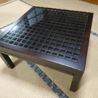 イズミファニチャーで買ったテーブル