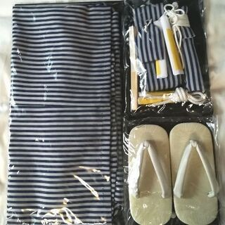 七五三☆五歳男児羽織袴フルセット足袋付き☆濃紺晴れ着着物 − 大阪府