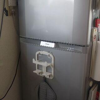 日立冷蔵庫2ドア230L2008年製R-23WA