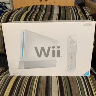任天堂 Wii 本体 ソフト1本付き!!