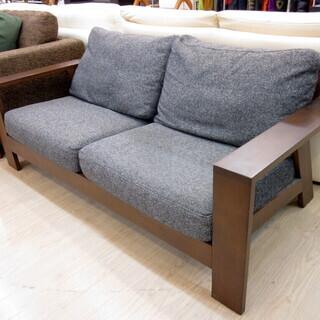 シギヤマ家具の2人掛けソファーです!