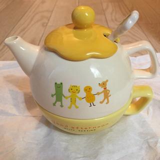 【未使用】陶器★重ねられる★ティーポットとカップとスプーンのセット